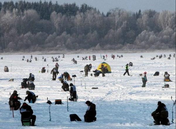 активная зимняя рыбалка