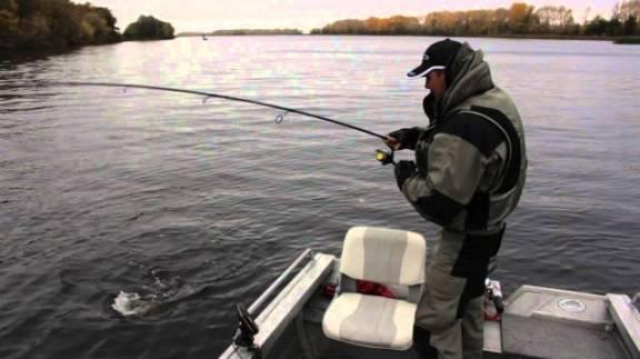 Как эффективно рыбачить с эхолотом