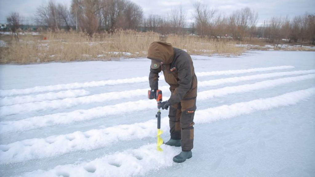 Выбор ледобура для рыбалки