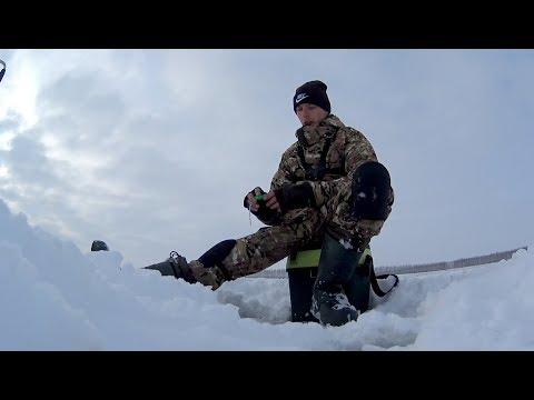 Фартовая мормышка. Ловля плотвы зимой на безмотылку. Зимняя рыбалка 2018.