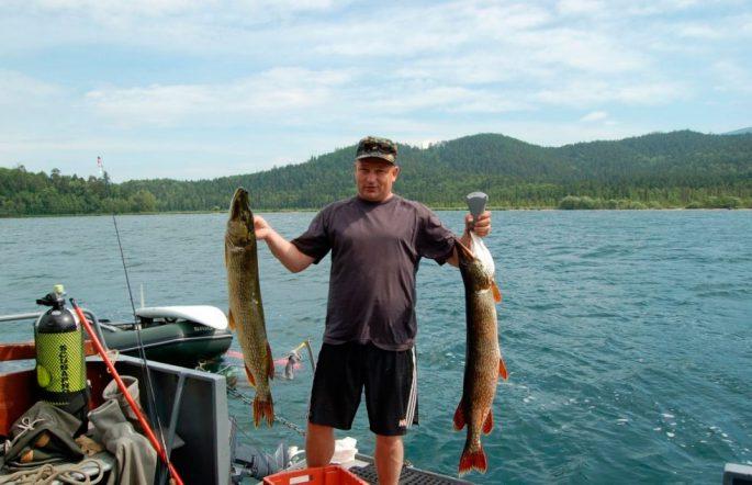 Летняя рыбалка на Байкале